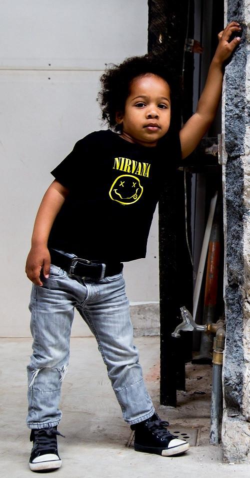 Photoshoot Nirvana T-Shirt kids shirts Smiley